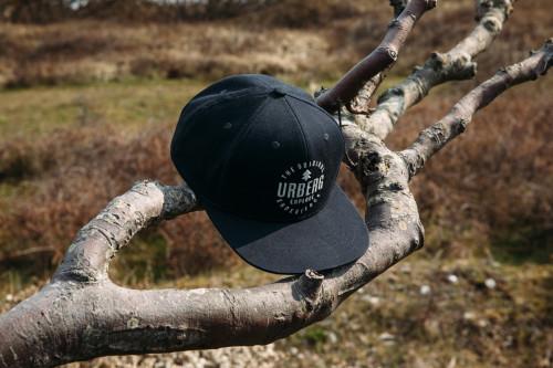 Urberg Holesand Caps Black Beauty
