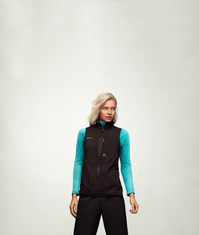 99ce9f38 Devold Running Woman Vest Caviar   Fjellsport.no