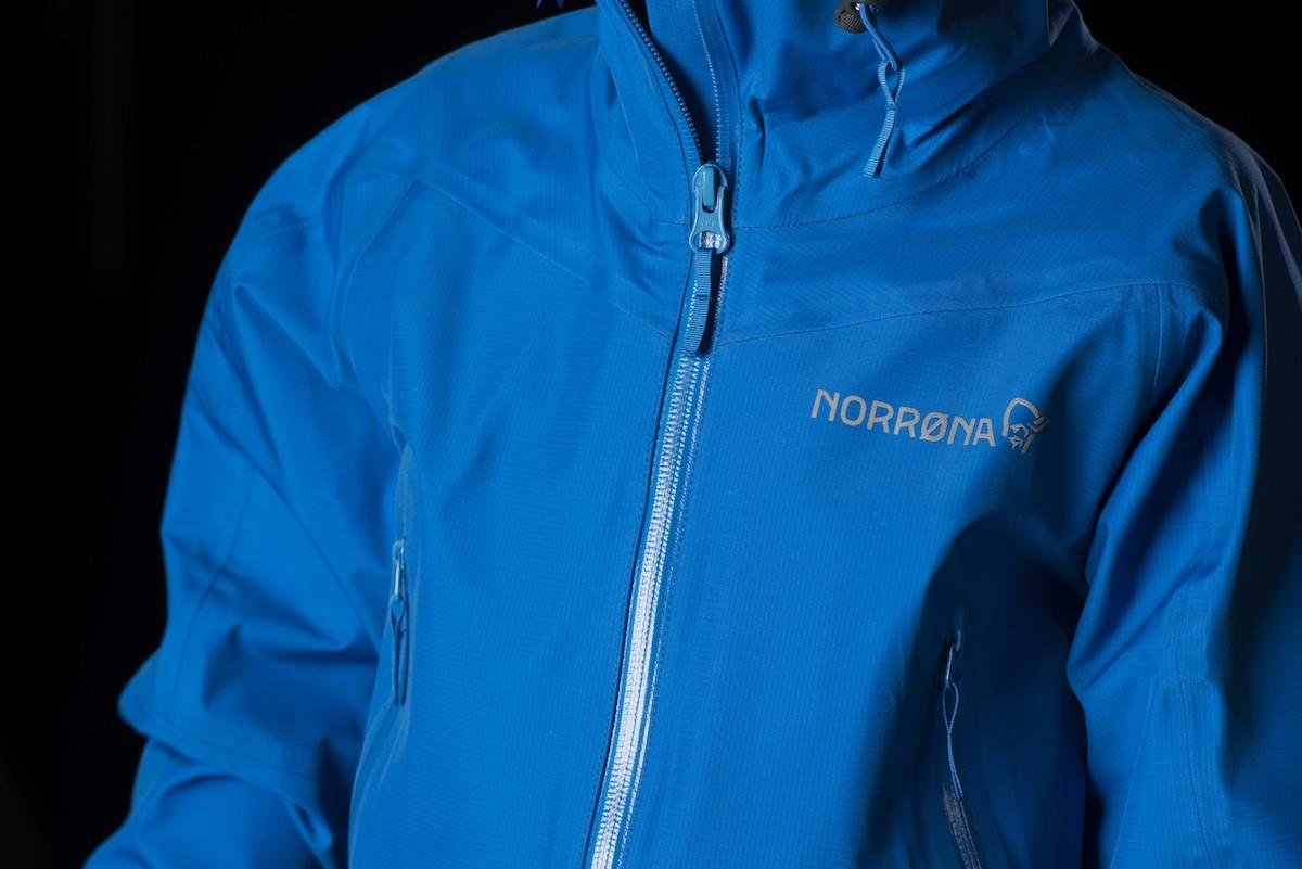 04b0a7a7 Norrøna Falketind Gore-Tex Jacket (Jr) Hot Sapphire   Fjellsport.no