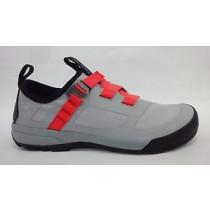 Arc'teryx Arakys Approach Shoe Women's Pebble Arc/Flint Arc