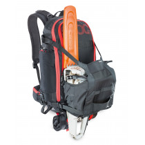 EVOC Trail Builder Black 30 L
