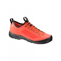 Arc'teryx Acrux SL Approach Shoe Women's Coral Arc/Minmosa Arc